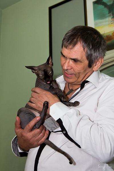 Алибасов с котом