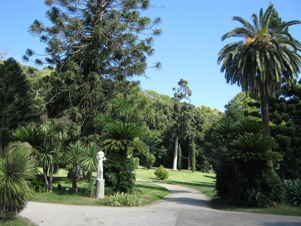 гулять по саду буду в следующую поездку в Неаполь, Казерту...