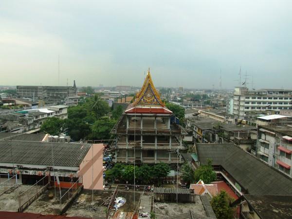 Вид из окна отеля Thaihotel