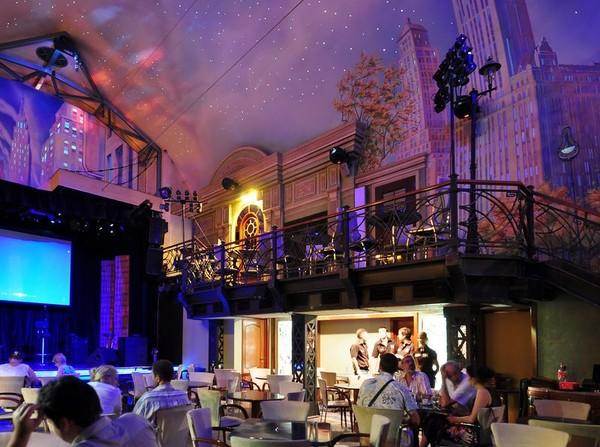 Бывший JazzTown, сменивший вывеску и ставший бард-клубом.  Как добраться: Таганская пл.,12.  Телефон: (495)649-50-07...