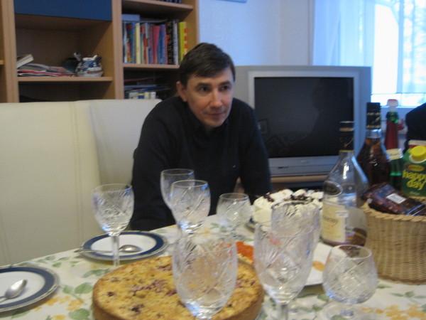http://content.foto.mail.ru/mail/tam-riko/8492/h-8580.jpg