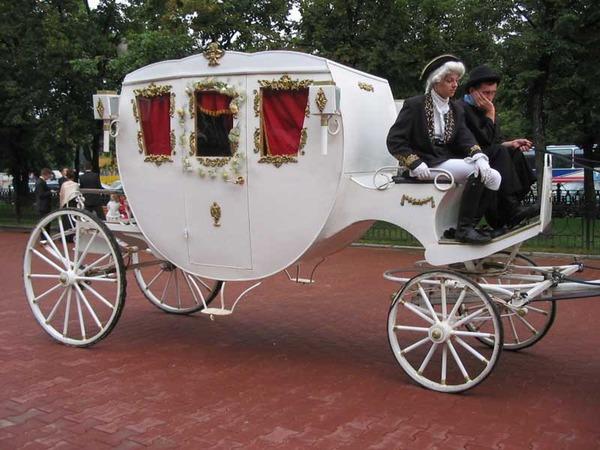 Свадебная карета смотрите также на
