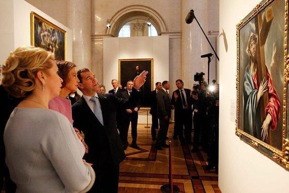 Президент россии д медведев на