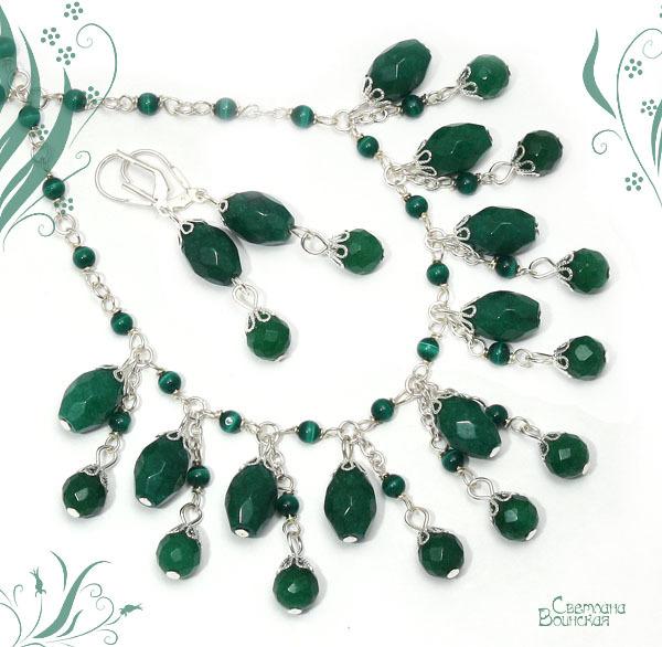 ожерелье с зеленым авантюрином