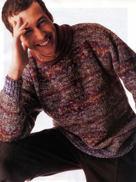 Мужской свитер вязанный