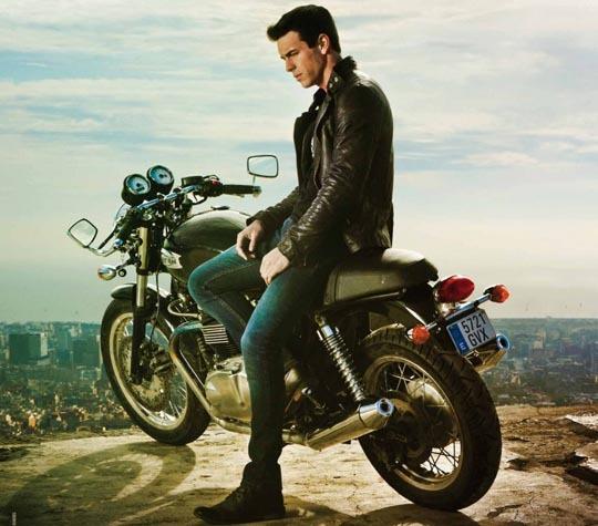 Какой Был Мотоцикл В Фильме Три Метра Над Уровнем Неба